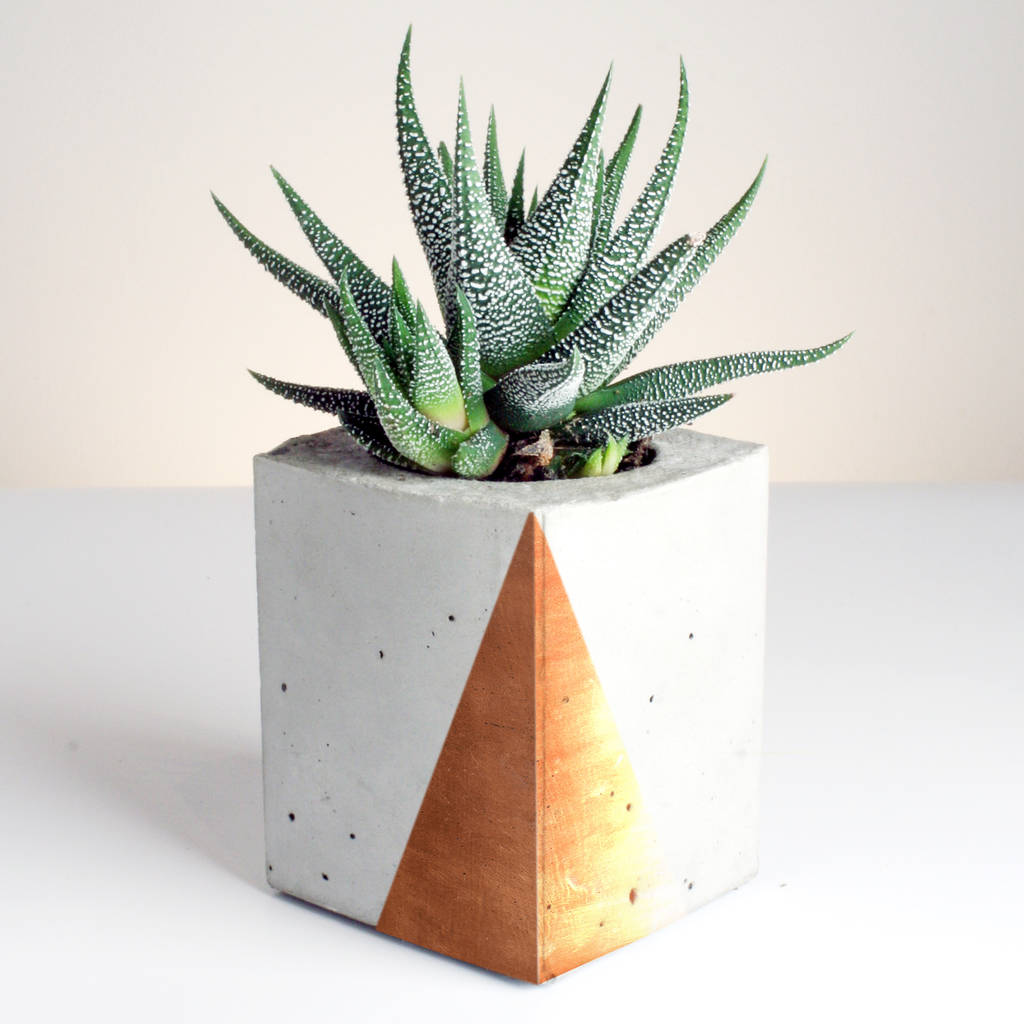 original_rectangular-concrete-planter-with-copper-detailing